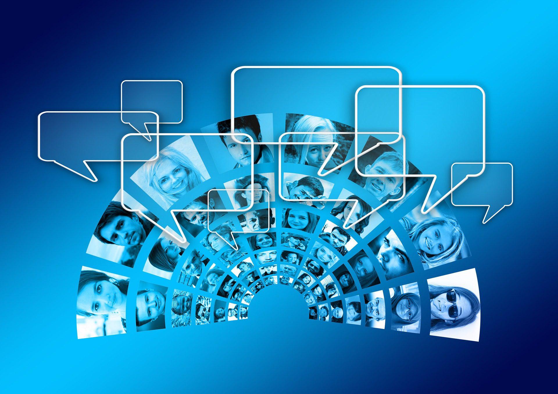 תמונת בנק המתארת תקשורת טכנולוגית