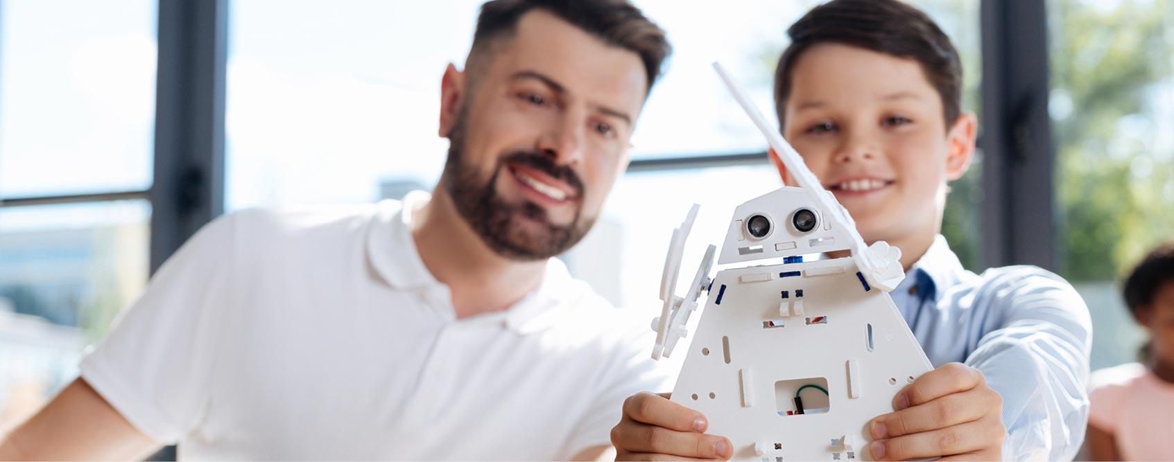 הכשרת הנדסאים ומהנדסים להוראת מקצועות טכנולוגיים
